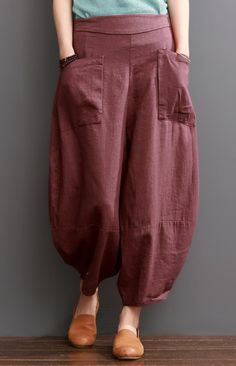Mulberry linen pants causal women knickers bloomers Mulberry linen pants causal women knickers bloomers The post Mulberry linen pants causal women knickers bloomers appeared first… Linen Pants Women, Pants For Women, Clothes For Women, Fashion Pants, Fashion Outfits, Sewing Pants, Casual Hijab Outfit, Wide Pants, Culottes