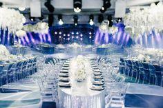 """Sempre em busca de novidades, deparei-me com este super show de imagens deste lindo casamento organizado pela empresa russa Tobelove Wedding. Vocês não tem ideia (claro, terão ao ver as fotos) do quão magnífico e original foi o tema destes noivos: """"the birth of the universe"""", o nascimento do universo! Gente, tudo luxuosíssimo e lindo! Não tenho palavras suficientes para descrever tanta perfeição!"""
