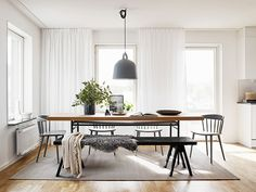 Contemporary nordic dining room in pastel colors