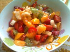 Dolce: Macedonia di frutta fresca e liquore