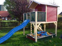 Spielturm mit Treppe - Bauanleitung zum Selberbauen - 1-2-do.com - Deine Heimwerker Community Kids Backyard Playground, Backyard For Kids, The Ranch, Play Houses, Bosch, Marcel, Wood Cabins, Kid Furniture, Toys