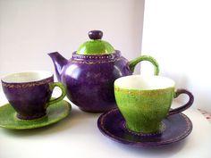 """Ensemble pour le thé  Série """"Purple days""""  Peinture pour porcelaine sur porcelaine  Par Magali Van de Wiele"""