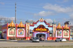Big Top Arcade is a circus-themed indoor arcade located in Pigeon Forge, TN.
