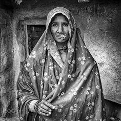 looking tribe women by Gerard Roosenboom on 500px