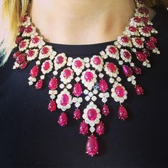 Incredible Van Cleef and Arpels ruby and diamond necklace? Incredible Van Cleef and Arpels ruby and diamond necklace? Ruby And Diamond Necklace, Diamond Pendant Necklace, Diamond Heart, Diamond Jewelry, Diamond Necklaces, Emerald Necklace, Silver Jewelry, Modern Jewelry, Fine Jewelry