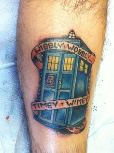 Now THIS is a fan. Yikes! TARDIS tattoo - Wibbly Wobbly Timey Wimey - Doctor Who