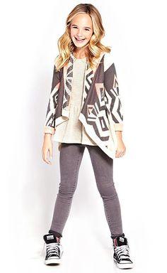 For Alicia Junior Girls Clothing, Kids Fashion, Kids Fashion Fashion 101, Fashion Kids, Fashion Advice, Look Fashion, Fashion Trends, Fashion Wear, Fashion Styles, Fashion Dresses, Fashion Websites