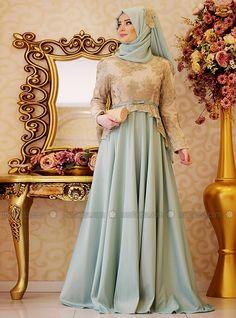 Sapphire Soirée - Vert menthe - Tenue de Soirée - Modanisa Muslim Evening Dresses, Gold Evening Dresses, Evening Dresses Plus Size, Abaya Style, Hijab Style, Hijab Fashionista, Dress Brukat, The Dress, Islamic Fashion