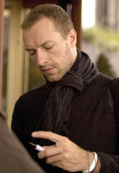 Chris Martin Pictures - Coldplay Singer CHRIS MARTIN Has 'Super ...