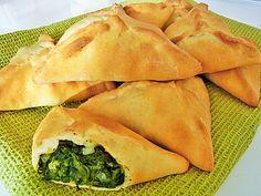 Libanesische Spinat - Teilchen Greek Diet, Medicinal Herbs, Veggie Dishes, Side Dishes, Greek Recipes, Food Items, Cherry Tomatoes, Vegetarian Recipes, Veggies