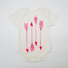 Organic onesie with neon pink arrows. Adorable!