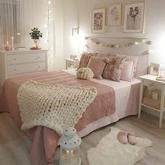 Teen Bedroom Designs, Bedroom Decor For Teen Girls, Cute Bedroom Ideas, Teen Room Decor, Room Ideas Bedroom, Small Room Bedroom, Home Decor Bedroom, Dream Bedroom, Teen Bedrooms