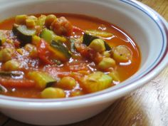 Moroccan Spiced Tomato, Chickpea & Zucchini Stew -- My latest #vegan #recipe, an easy stew. A rich tomato broth with delicate zucchini, hearty chickpeas and seasoned with layers of warm, earthy spices.