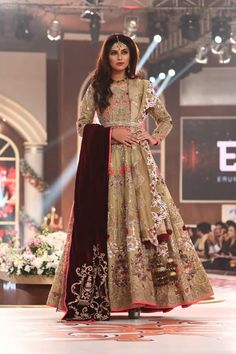 Erum Khan Wedding Dresses Collection 2016 at Telenor Bridal Couture Week TBCW (6)
