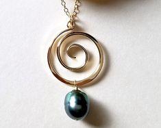 Peacock Tahitian Pearl Necklace, Gold Koru Necklace, Gold Tahitian Pearl Pendant, Hammered Gold Hoop, 10 mm Tahitian Pearl: Ready Made