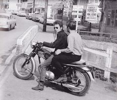 Bob Dylan and the Triumph Tiger