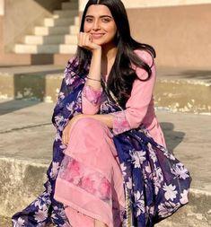 Punjabi Girls, Punjabi Dress, Punjabi Suits, Patiala Suit, Salwar Kameez, Anarkali Dress, Lehenga, Saree, Stylish Dress Designs