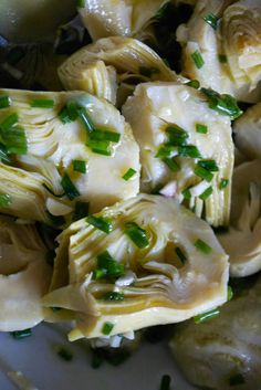Comfort Bites Blog: Artichoke Heart Salad with Garlic and Chives