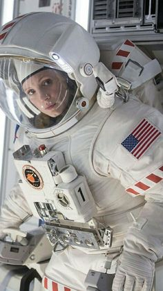 American Actress Jessica Chastain (b March Sacramento, California); is Seen here in a Scene from the SciFi Film The Martian is part of Space suit Explore p - Astronauts In Space, Nasa Astronauts, Nasa Space Program, Space Girl, Space Race, Sistema Solar, Cosmos, Jessica Chastain, Space Station