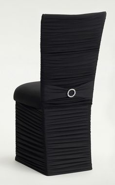 1000 images about chair decor on pinterest chair covers for Housse de chaise ronde