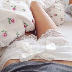 love both the shorts and the bedding ♡ ♡