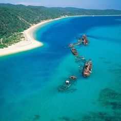 Tangalooma Island Resort and Dive Wreck...Australia, Mate!