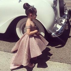 Champagne Flower Girl Dresses 2019 High Low Glitter Kids Prom Dress Pageant Little Girl Dress Kids Prom Dresses, African Dresses For Kids, Pageant Dresses, Little Girl Dresses, Party Dresses, Evening Dresses, Formal Dresses, Cute Kids Fashion, Baby Girl Fashion