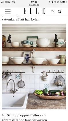 Trendy Kitchen Shelves Instead Of Cabinets Wood Countertops Ideas Cocina Shabby Chic, Shabby Chic Kitchen, Home Decor Kitchen, Rustic Kitchen, Country Kitchen, Kitchen Interior, Vintage Kitchen, Open Kitchen, Kitchen Dining