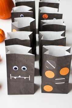 Cute Halloween Treat Bag Ideas for Kids and Adults #SweetOrTreat #CollectiveBias #shop