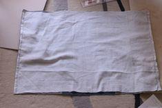 初心者でも簡単!型紙なしレッスンバッグ(絵本&図書バッグ)と上履き入れの作り方☆切り替えとマチ付きのシンプルデザインで男の子でも女の子でもOK![裁断イメージ無料ダウンロード] | ひらめき工作室 Sewing Patterns Free, Free Pattern, Sewing Leather, Patchwork Bags, Learn To Sew, Diy And Crafts, Upcycle, Sewing Projects, Tote Bag