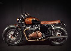 Triumph Bonneville EFI by Ton-up Garage | Moto Rivista