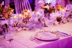 Table decor in white Pastel Purple, Pastel Colors, Winter's Tale, Prague, Soho, Flower Art, Table Decorations, Flowers, Wedding