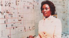 """femininefreak: """" Annie Easley helped make modern spaceflight possible """"Few people are brilliant enough to be a computer programmer or a mathematician. Even fewer can add """"rocket scientist for NASA"""" to their resume. Annie Easley, however, was all. Hidden Figures, Human Computer, Information Age, African Diaspora, African American History, Women In History, Black History Month, History Facts, Science And Technology"""
