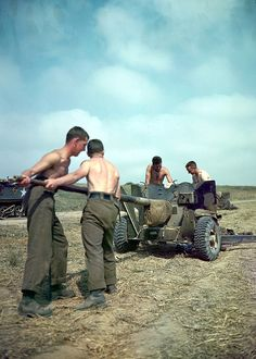 Canadian troops get ready to use the artillery during Operation Totalize. Normandy 1944