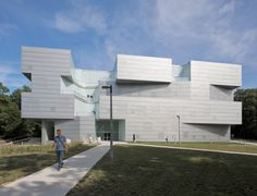 Gallery of Steven Holl's University of Iowa Visual Arts Building Through the Lens of Aaron Dougherty - 10