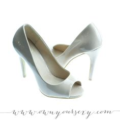 nude patent peep toe heels, size 7 | #shoes #heels #boudoir #boudoirphotography #boudoirphotos #accessoriesforboudoirshoot #ruebdoudoir #ownyoursexy #nycboudoir