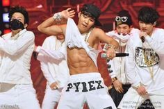 Only 1 set abs can look this hot is jimin Bts Jimin, Jimin Hot, Bts Bangtan Boy, Bts Boys, Bts Taehyung, Jikook, Korean Boy Bands, South Korean Boy Band, Foto Bts