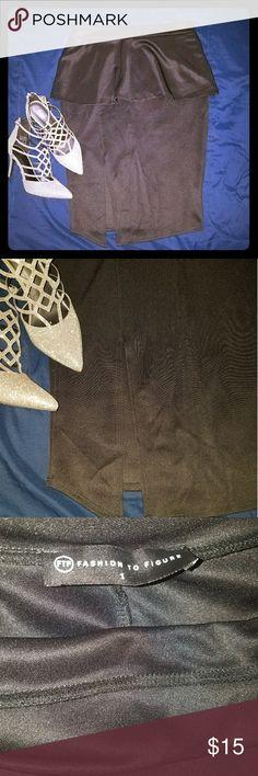 Peplum Midi Slit Skirt Black peplum slit skirt WORN ONCE  SIZE (FITS BETWEEN A 14 OR 16) Fashion to Figure Skirts Pencil