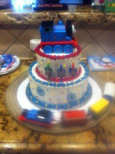 """""""Thomas The Train"""" Birthday Cake Idea. just run circle track around cake. Thomas Birthday Parties, Thomas The Train Birthday Party, Trains Birthday Party, Train Party, Birthday Celebration, Birthday Party Themes, Boy Birthday, Birthday Cakes, Birthday Ideas"""
