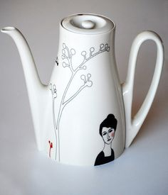 vintage teapot Helene