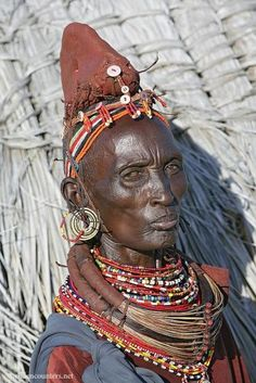 Africa | Rendille tribeswomen, Lake Turkana, Kenya |  © Paul and Paveena McKenzie