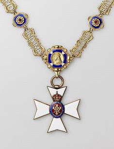 Collar of the Royal Victorian Order for dames and badge From the collection of A. Khazin (Moscow).