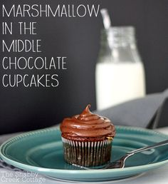 What a fun idea. Marshmallow in the middle chocolate cupcakes. What a great tip! chocolate cupcake recipe, easy recipe, cupcake recipe, dessert,