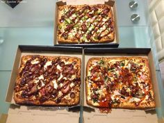 New post on The Random Foodie: Sampling Domino's Pizza - Australia's newest Chef's Best range of pulled pork pizzas.  http://therandomfoodie.blogspot.com.au/2014/08/product-review-dominos-pizza-new-pulled.html