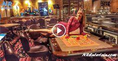 A Loira Toda Nua que Engana o Casino