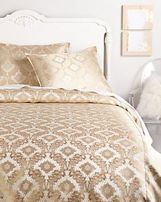 Isabella Collection Linen Co by Kathy Fielder Diana Duvet Collection