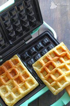 Receta masa de gofres Easy Cooking, Cooking Recipes, Crepes And Waffles, Pancakes, Belgian Waffles, Waffle Iron, Sin Gluten, Sweet Recipes, Tapas