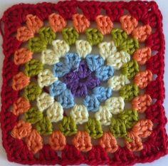Tutorial Granny Square Paso A Paso En Español http://www.creativitaorganizzata.it/?s=tutorial+schemi+mattonelle+piastrelle+uncinetto+crochet&search_404=1