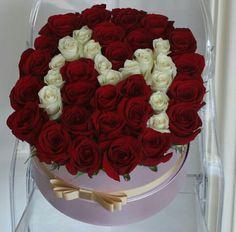 Alphabet Latin, M Letter, Quilling Letters, Box Roses, Flower Letters, Rose Gift, Babies Breath, Broken Relationships, Purple Roses