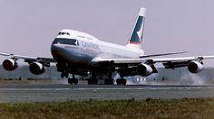 Cathay Pacific's last jumbo jet has made its final flight.